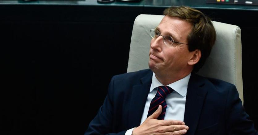 Il nuovo sindaco di Madrid, José Luis Martinez Almeida  (Partito polare)
